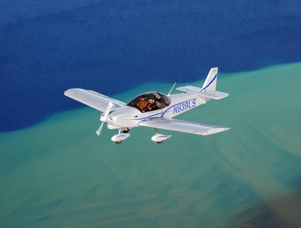 Zodiac 650 flying above the water