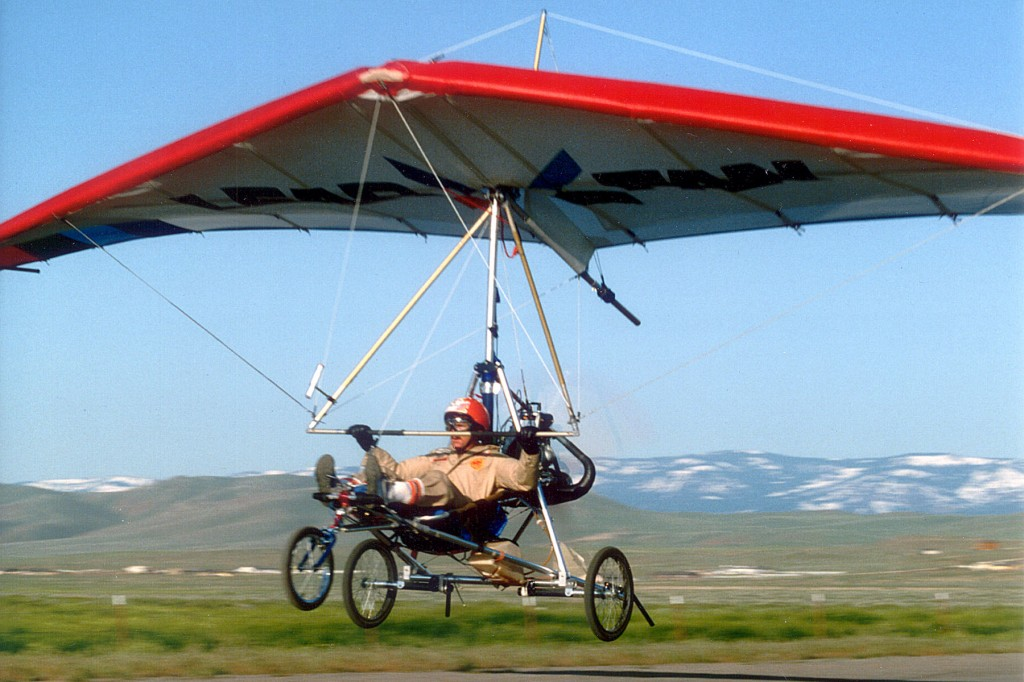 Lear Fan Trike taking off