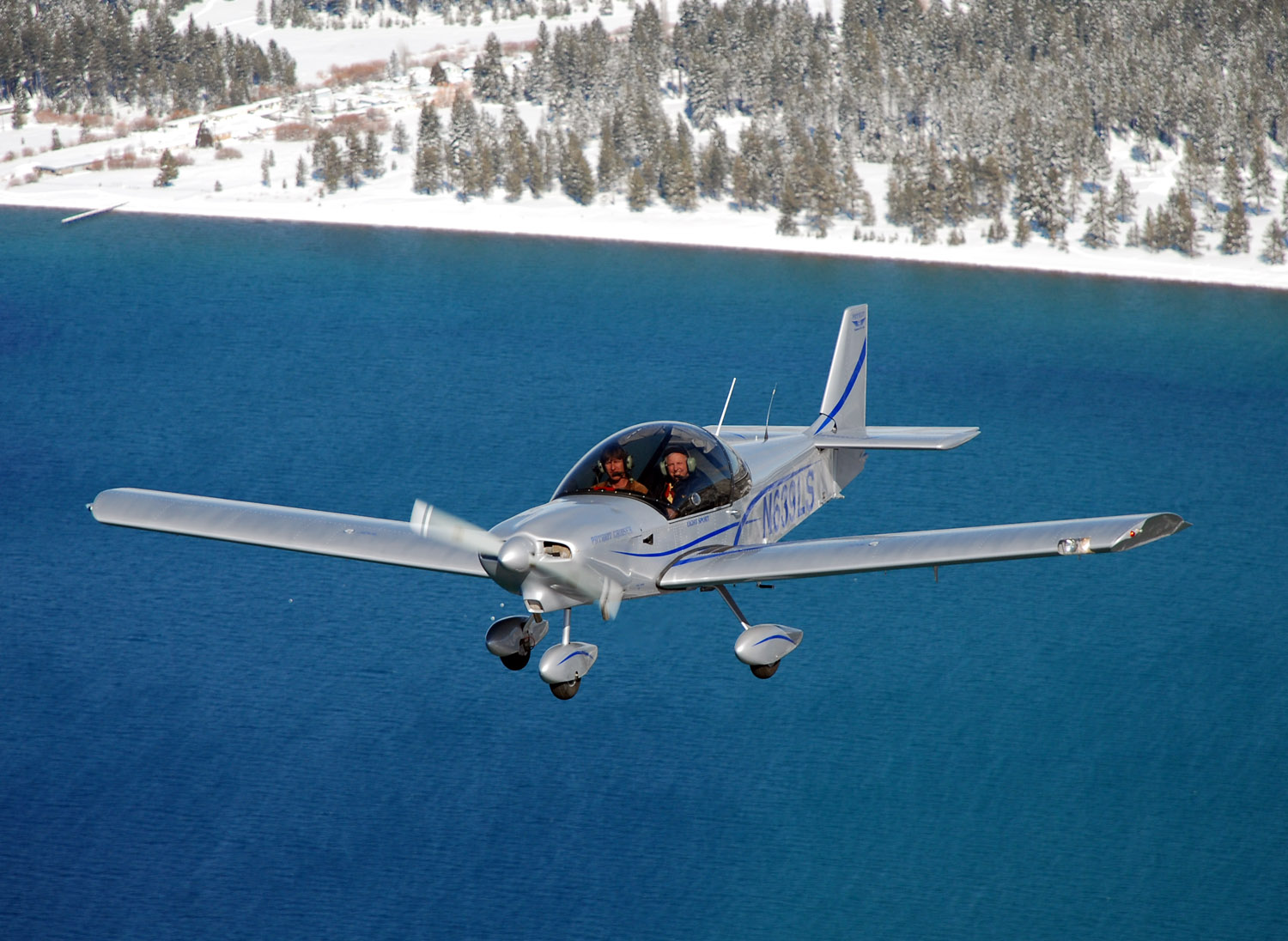 Zodiac 650 Above Lake Tahoe during winter flight